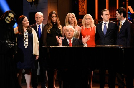 Who is Hosting Saturday Night Live Tonight: March 2, 2019